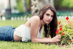 Sandra (juanjofotos) Tags: portrait sandra retrato flor moda jardn nikond800 7002000 juanjofotos juanjosales tfcdcastell