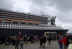 Photo of MS Queen Mary 2 docked at Liverpool Cruise Terminal