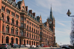 A hotel reborn: from Midland Grand to St. Pancras Renaissance (Canadian Pacific) Tags: england building london english station architecture train hotel unitedkingdom britain great railway international british stpancras renaissance nw1 aimg0620