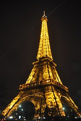 DSC_8344 (Phil.Claboter) Tags: camera light orange white black paris france color tower night composition photoshop canon photo reflex nikon flickr raw noir nef tour view natural zoom lumire picture compositions eiffel photographic full pixel frame dxo format nikkor capture fx jpeg effect et nuit blanc hdr philippe couleur afs sensor megapixel mega appareil dx lightroom optic correction nx dlighting orang cmos objectifs photographique fmount capteur d5000 d7100 viewnx d5200 expeed d5300 d7000 mgapixels d5100 claboter