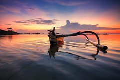 Signature Of Bali (KembaraAlam) Tags: sea bali seascape reflection beach sunrise indonesia landscape photography dawn boat scenery outdoor ripple serenity discovery photohunt phototrip sanur discover phototravel singhray leefilter photohunter sirui semawangbeach pantaisemawang