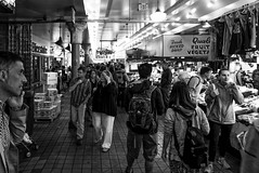More time spent in Pike Place Market (jayteacat) Tags: seattle bw usa pikeplacemarket panasoniclumixdmclx100