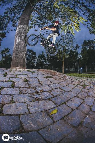 360 nose bonk - Cristian Oñate