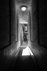 144/366 - Bengal Court (Spannarama) Tags: uk blackandwhite sunlight london sunshine alley shadows may alleyway passage lightanddark passageway 366 bengalcourt