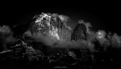 Effervescence Nocturne en Altitude (Frdric Fossard) Tags: nature montagne alpes lumire altitude glacier contraste neige nuage paysage soir nuit nocturne luminance ambiance clart hautesavoie incandescence aiguilleverte lesdrus luminosit massifdumontblanc nantblanc