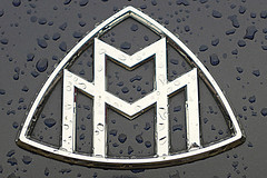 Maybach in the rain..!! (Digital Zoetrope) Tags: rain maybach luxurycar