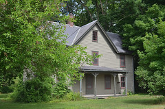 Tenant House (rchrdcnnnghm) Tags: house abandoned farmhouse dutchesscountyny tenanthouse staatsburghny oncewashome