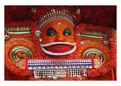 the theyyam dancer (handheld-films) Tags: portrait india face closeup paint vishnu painted indian traditional photojournalism documentary makeup kerala dancer portraiture sacred subcontinent ninelives williamdalrymple vaishnava theyyam kannur vishnumoorthi vishnumoorthy vishnumurti