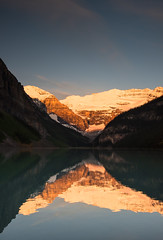 160620_02 (LoomahPix) Tags: ab alberata canada lake lakelouise mountain mountains outdoors outside rockymountaineer beautiful beauty dawn firstlight glacier morning reflection sky
