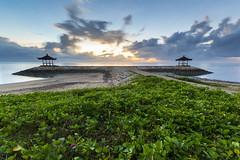 Sunshine Spring (Pandu Adnyana Photography Tour) Tags: travel bali cloud beach water sunrise indonesia landscape tour wave guide sanur karang oantai balitravelphotography baliphotographytour baliphotographyguide balilandscapephotography