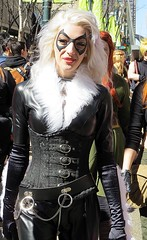 Felicia Hardy (5of7) Tags: 2015 calgarycomicexpo paradeofwonders cosplay blackcat feliciahardy marvelcomics female comicentertainmentexpo calgarycomicentertainmentexpo canon powershot sx50 walk fav people outdoor stuckonandromeda woman
