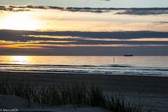 De Panne-10 (marco_dcn) Tags: sunset de soleil coucher panne