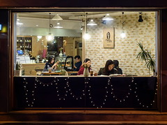 Through the Glass (TigerPal) Tags: street window shop night dark darkness korea korean seoul afterdark sungshinwomensuniversity