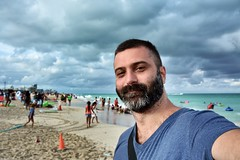 During Floatopia Miami (Billy W Martins ) Tags: praia beach beard nikon miami frias miamibeach vacations southbeach barba selfie southmiamibeach d7100