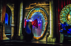 Magic Mirror on the Wall (Shadowgamer85) Tags: disneyland snowwhite snowwhiteandthesevendwarfs darkride snowwhitesscaryadventures