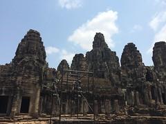 2015-04-05 11.14.11 (tananop_m) Tags: sky cambodia siemreap angkorthom herritage