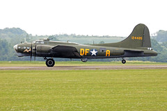Boeing B-17G Flying Fortress G-BEDF / 124485 Sally B (Andy C's Pics) Tags: b17 boeing flyingfortress imperialwarmuseum iwm sallyb b17g boeingb17g gbedf 124485 duxdord