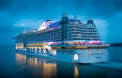 AIDAprima Cruise ship leaving Southampton (LanceMorgan87) Tags: southampton southamptonwater solent cruiseship aidaprima