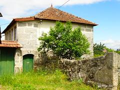 guas Frias (Chaves) - ... casa da Aldeia ... (Mrio Silva) Tags: primavera portugal casas chaves aldeia trsosmontes 2016 junho madeinportugal ilustrarportugal guasfrias mriosilva lumbudus