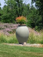 Urn (FoxInTheWoods) Tags: summer urn landscape sunny botanicgarden publicgarden towerhillbotanicgarden