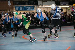 20160116-210421 (Masonite Burn) Tags: portland or hh tess atoms rosecityrollers hrmf 503roarshock 260envy