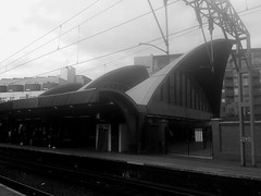 Oxford Rd Station, Manchester V (Twizzer88) Tags: wood uk greatbritain roof england bw station architecture wooden unitedkingdom britain timber transport modernism lancashire trainstation modernist greatermanchester