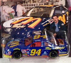 #51-15, Bill Elliott, #94, McDonald's, Mac The Nite, Pictures With Real Hot Wheels Cars & Their Diecast (Picture Proof Autographs) Tags: photograph photographs inperson pictureproof photoproof picture photo proof image images collector collectors collection collections collectible collectibles classic authentic authenticated real genuine diecast auto autos vehicles vehicle model toy toys automobile automobiles autoracing sport sports nascar series winstoncup sprintcup busch nationwide hotwheels fred frederick weichmann