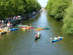 More Paddlers (Thomas Kelly 48) Tags: lumix leicester panasonic riversoar fz150 leicesterriverfestival