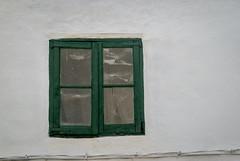 Ventana Verde (Oscar F. Hevia) Tags: wood old espaa spain madera spiderweb cobweb galicia antigua lugo ribadeo teladearaa greenwindow ventanaverde