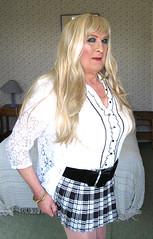 Cindtarminiskt-001 (fionaxxcd) Tags: crossdresser crossdressing transvestite tranny trannie m2f mtf longblondehair miniskirt bust upskirt thighs whitetriangle rednails lipstick eyeshadow tights