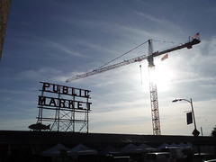 Pine (Sotosoroto) Tags: seattle washington pikeplace pikeplacemarket market crane sun