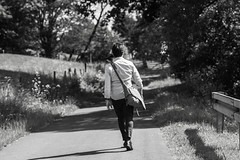 Nachhauseweg (schulze31) Tags: blackwhite natur mann schwarzweis