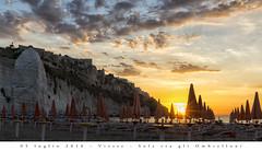 5 luglio 2016 - Vieste - Sole tra gli Ombrelloni (Andrea di Florio (5,000,000 views)) Tags: panorama landscape nikon mare estate alba 28 sole puglia spiaggia vacanza d600 foggia 2470 viste andreadiflorio