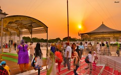 Bangla Sahib, New Delhi (Rastafarian_blog) Tags: new travel india nikon place delhi explore sikh sahib gurudwara bangla connaught