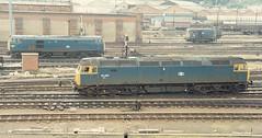 01271 47320 & 31463 Norwich Station 07.09.85 (31417) Tags: norwich 31 duff 47 47320 31463