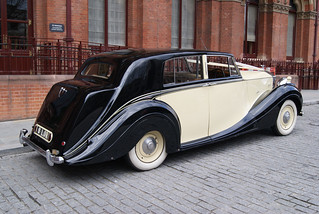 8LOR-Rolls_Royce-03