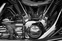 Moto et Chromes (otoxunghe) Tags: france transport route chrome moto biker lux mtal motard vitesse dtail bouchon moteur acier rservoir motocyclette compteur vhicule puissance compteurdevitesse