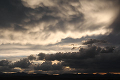 Sunset mammatus clouds