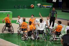 Wheelchair basketball, Netherlands and Germany. (Carlos Vieira.) Tags: wheelchairbasketball rioolympicarena olympicpark riodejaneiro olympicgames athletes netherlandsandgermany