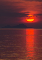 Oh that sunset! (Vagelis Pikoulas) Tags: sun sunset time sea view seascape canon 6d tamron 70200mm vc porto germeno greece landscape europe 2016 clouds cloud cloudy sky flickrbronzetrophygroup