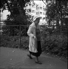 lpentacon030 (mike.chernov) Tags: pentacon six medium format square 6x6 color film people blackandwhitephotograph black white