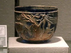 The Morgan Cup (pecooper98362) Tags: newyork glass roman corning corningmuseumofglass artcrawl 1stcenturyad morgancup cameoglass ahobblingaday ancientglass jpierpontmorgan 35centuriesofglass
