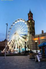 Bradford Eye (Steve Swis) Tags: uk longexposure england wheel night march britain yorkshire ferris 2015 bradfordcitypark samsungnx20