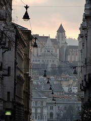 The City on the Hill (Tu prova ad avere un mondo nel cuore...) Tags: city trip backlight contraluz europa europe hungary weekend budapest stadt ungarn ville contrejour controluce citt ungheria 2015 hongrie  contrelumire   internationaltrip hintergrundbeleuchtung