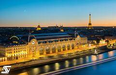 Tour Eiffel et Musée d'Orsay by A.G. Photographe - Musée d'Orsay, Paris, France   Facebook / Google+ / Instagram