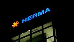 Herma ISO 320 night shot - Galaxy S5 - zoom 2,7 x (eagle1effi) Tags: neon nightlights nightshot herma filderstadt bonlanden regionstuttgart werbeschilder macrowith3xzoom samsunggalaxys5