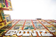 Sky's the LImit (Thomas Hawk) Tags: nyc newyorkcity usa newyork brooklyn america graffiti unitedstates fav50 manhattan unitedstatesofamerica fivepoints longislandcity 5pointz 5points fav10 5ptz fav25 fivepointz 5pointznyc 5pointzaerosolartcenter instituteofhigherburning