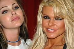 Jesse Capelli & Sophia Rossi (hootervillefan) Tags: 2005 hot sexy jesse stars star la erotica porn convention blonde sophia rossi slutty capello jessecapelli sophiarossi