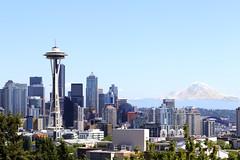 Seattle and Mount Rainier (tarikabdelmonem) Tags: seattle washington rainier spaceneedle queenannehill