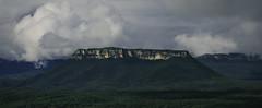 Get_The_Crown_02_298 (Beetwo77) Tags: blue panorama mountains fuji pano lookdown views crown xc pantoneys xt1 50230mm perrams